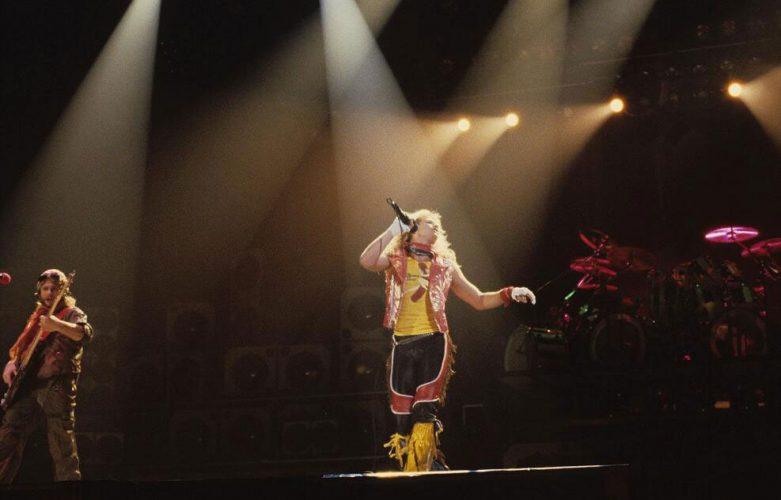 Van Halen - 1981 – Phoenix, AZ @ Veterans Memorial Coliseum